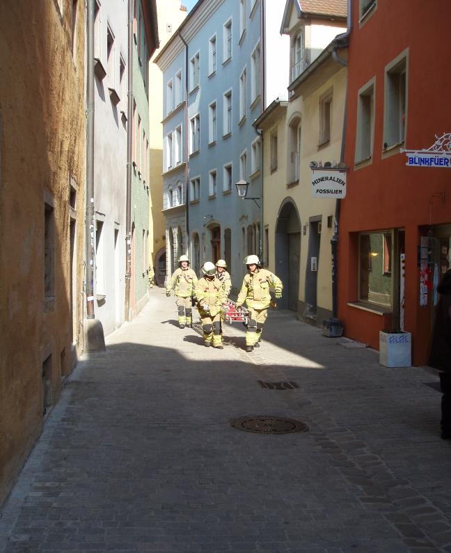 Die Feuerwehr rückt an.