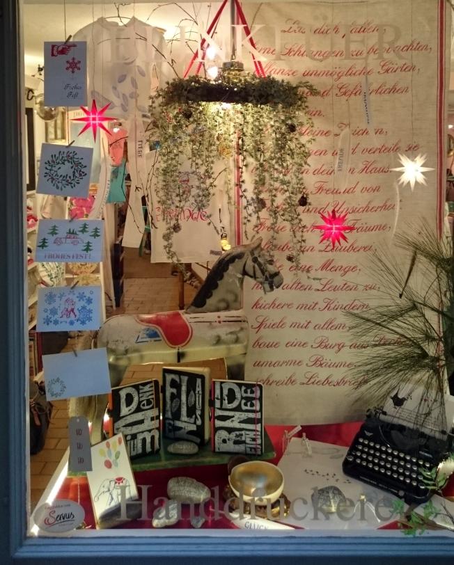 Weihnachtsfenster 2015, Waaggässcheen 5