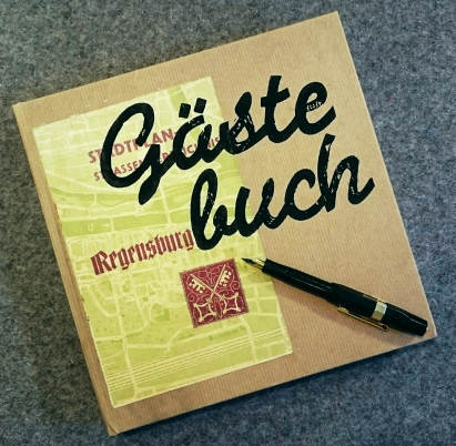 Handbedrucktes & collagiertes Gästebuch